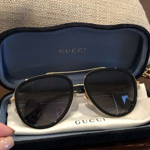 Gucci Black & Gold Polarized Aviator Sunglasses